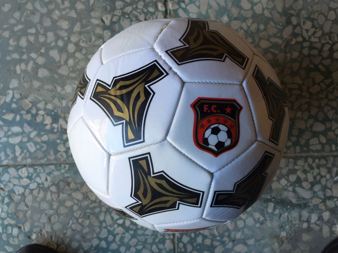 Custom wholesale machine stitched PVC soccer ball and football